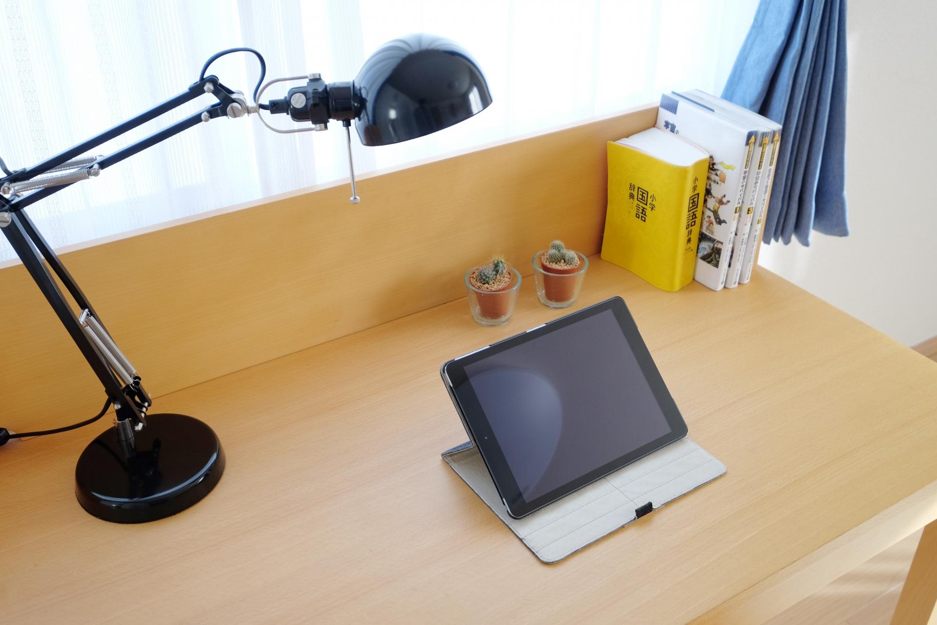 机はどう置くのがベスト?